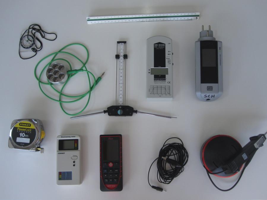 antenne de lecher,multimètre,catu,cornet,mesure ondes ,pollution électromagnétique